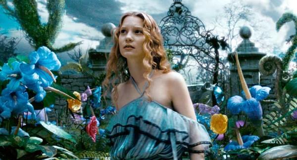 Alice au pays des merveilles 2 cette fois ci alice for Balthus alice dans le miroir